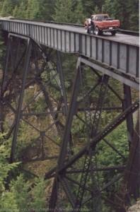 Dry Creek Bridge - click for larger image